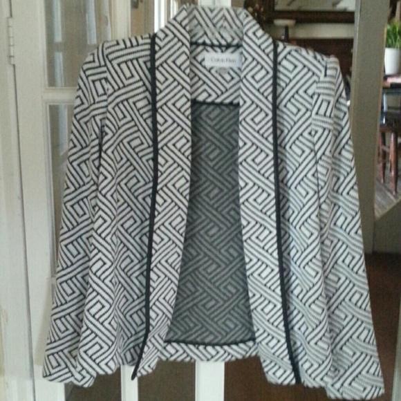 Calvin Klein Jackets & Blazers - 3 season stylish blazer. NWT